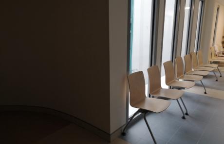 Poczekalnia lekarska siedziska