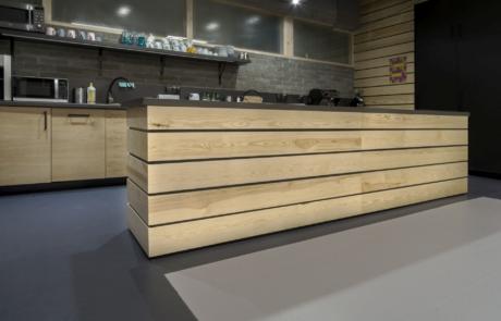 Kuchnia jasne drewno na zamówienie