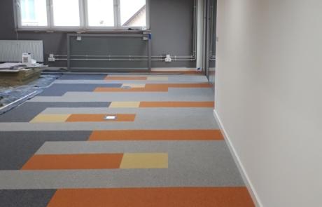 Wykładziny na zamówienie mozaika kolorystyczna dywanowa płytka 50x50