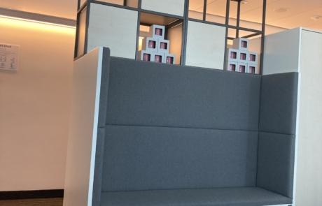 Meble na zamówienie-siedzisko tapicerowane