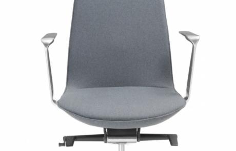 Minimalistyczny fotel obrotowy polskie wykonanie